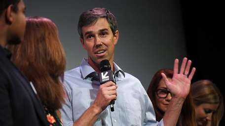 Beto O'Rourke speaks at the Paramount Theatre after