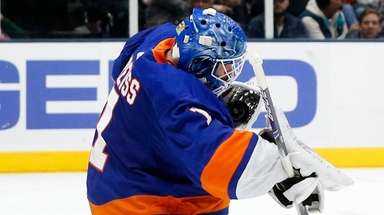 Islanders goalie Thomas Greiss makes a save during