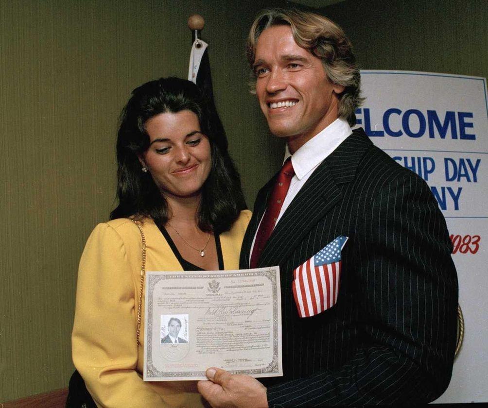 Arnold Schwarzenegger shows off his new U.S. citizenship