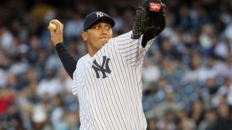 Freddy Garcia (36) of the New York Yankees