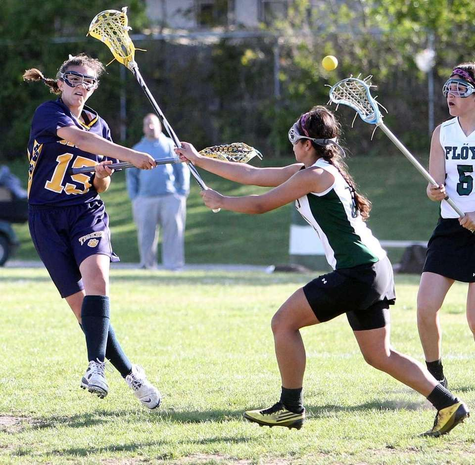 Northport's Cortney Fortunato (15) with the shot and