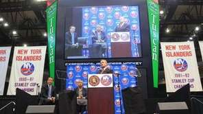 New York Islanders owner Charles Wang with Nassau