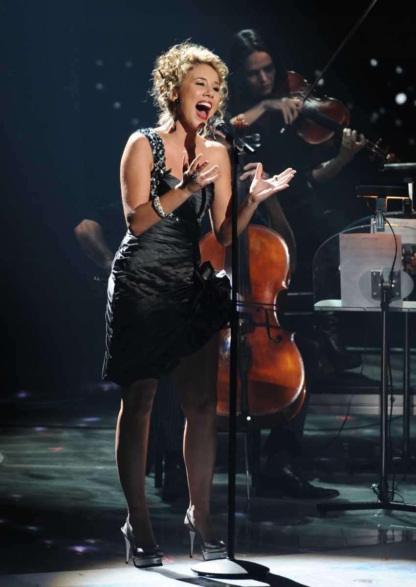 Haley Reinhart got a standing ovation from the