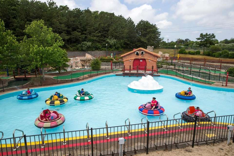 Plan an adventurous day at Boomers Family Fun