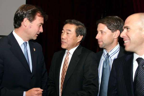 November 10, 2005 Nassau County Executive Thomas Suozzi,