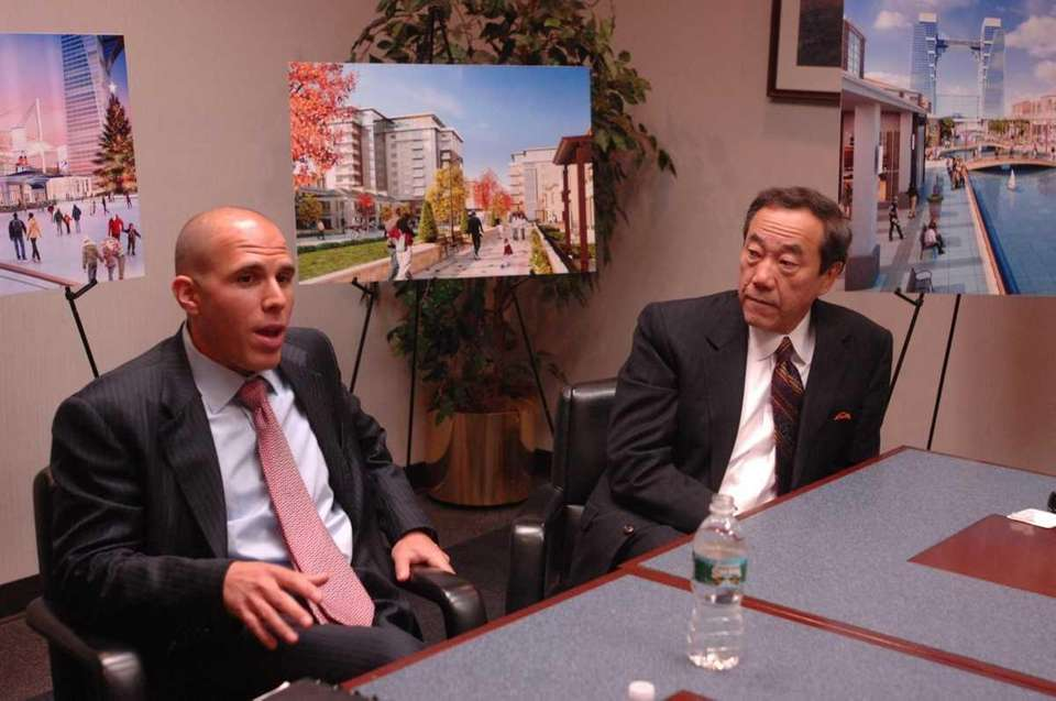 November 8, 2007 Scott Rechler, left, CEO of
