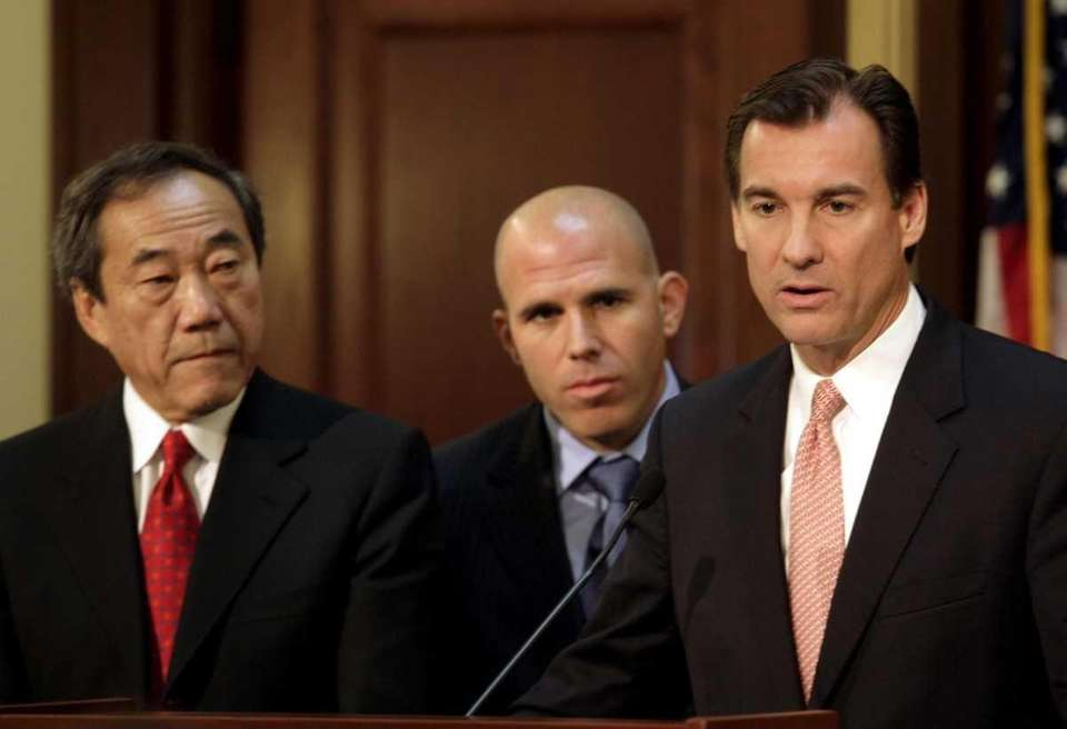 October 1, 2009 Nassau County Executive Thomas Suozzi,