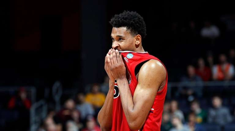 Sloppy St. John's eliminated from NCAA Tournament with loss to Arizona State in First Four