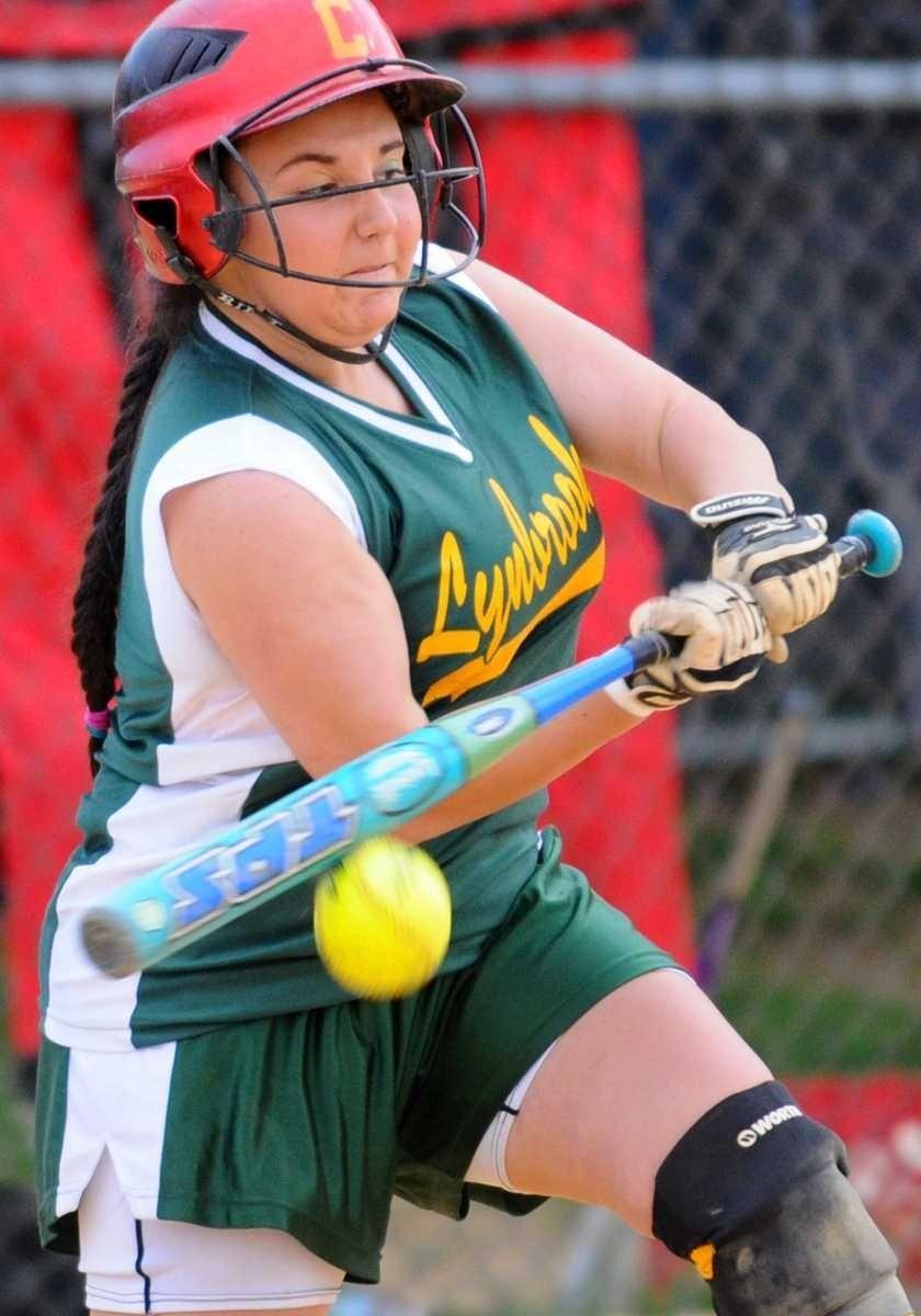 Lynbrook 3B #4 Christina Malcangi reaches first base