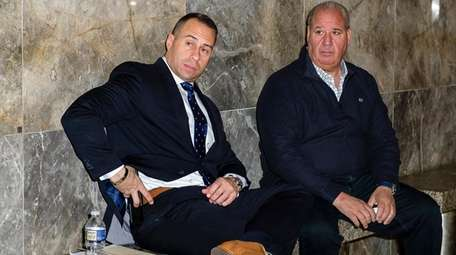 NYPD Lt. John Russo, left, and witness Angelo