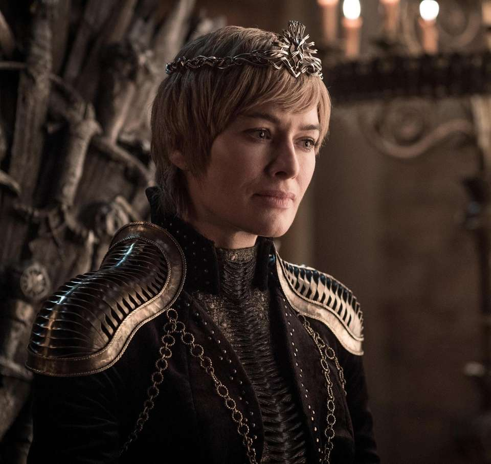 CERSEI LANNISTER (Lena Headey) WHO Widow of King