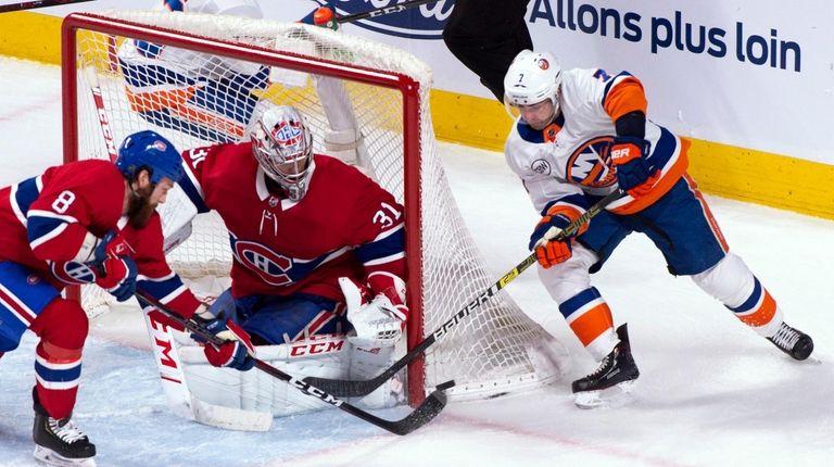 Canadiens goaltender Carey Price and defenseman Jordie Benn