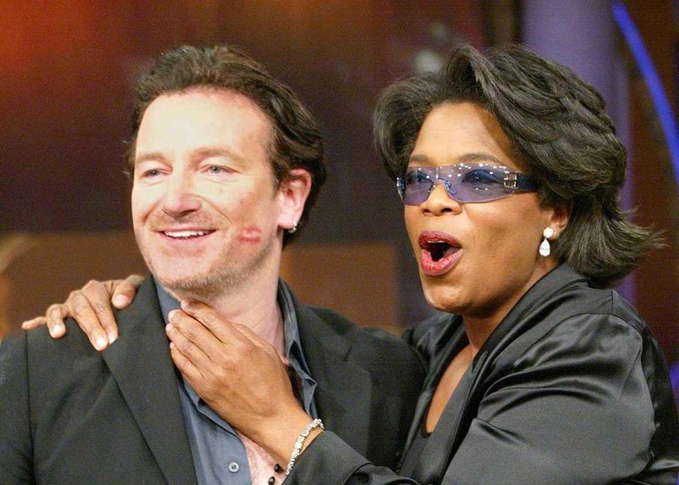 Oprah Winfrey wears the glasses of Irish rock