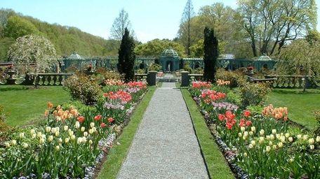The walled garden at Old Westbury Gardens.