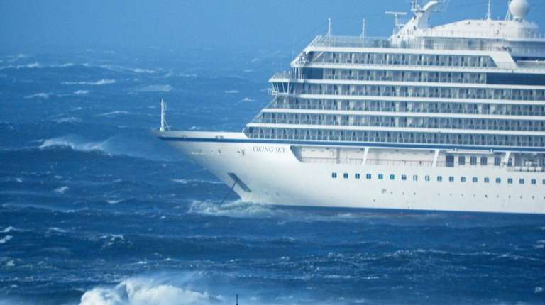 Viking Sky reported engine failure in windy conditions