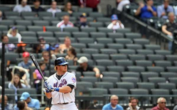 Sagging Home Attendance Adds To Mets Woes
