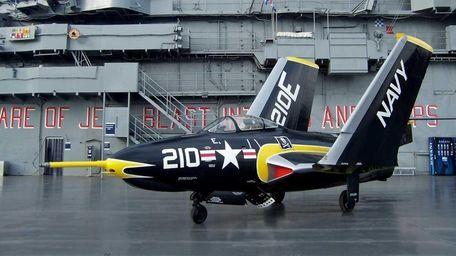 Grumman F9F-8 Cougar was restored mostly by volunteers