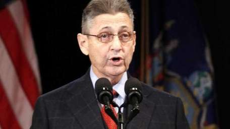Assembly Speaker Sheldon Silver speaks during New York