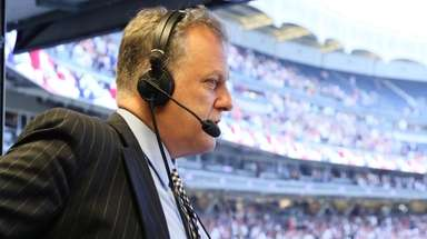 Yankees play-by-play announcer Michael Kay in the YES
