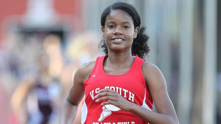 Valley Stream South's Deanna Martin wins the 800-meter