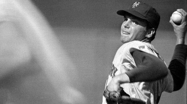 Mets starting pitcher Tom Seaver in the opening
