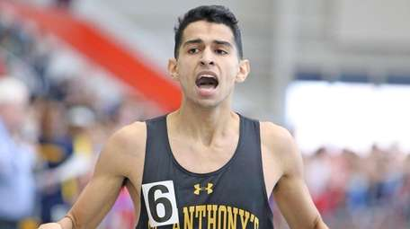 Matthew Payamps wins the boys 600 meters in