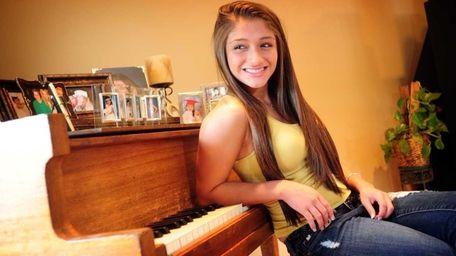 Portrait of Raquel Castro in her Long Island