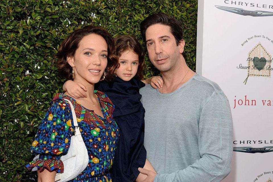 Parents: David Schwimmer and Zoe Buckman Child: Cleo,