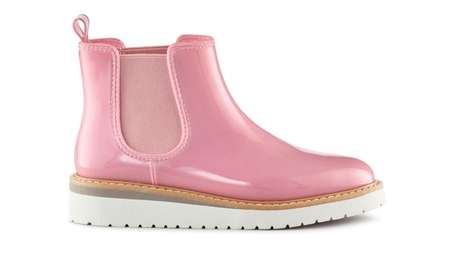 Cougar's Kensington Chelsea boot comes in nine high-gloss