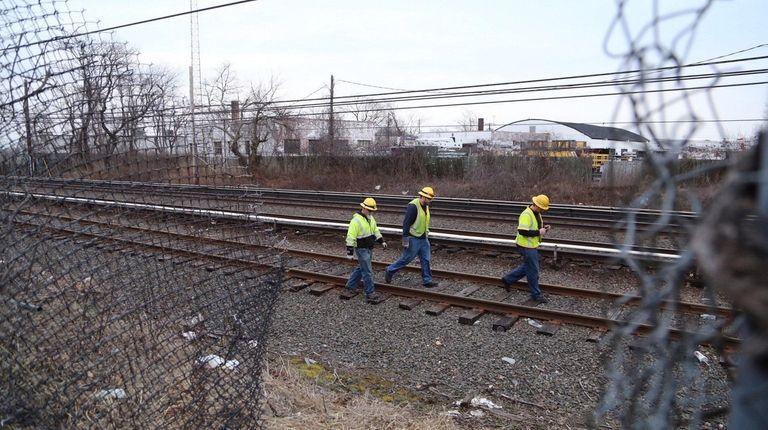 A fallen power line on the LIRR tracks