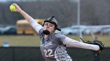 Kings Park starting pitcher Taylor Eggert delivers in