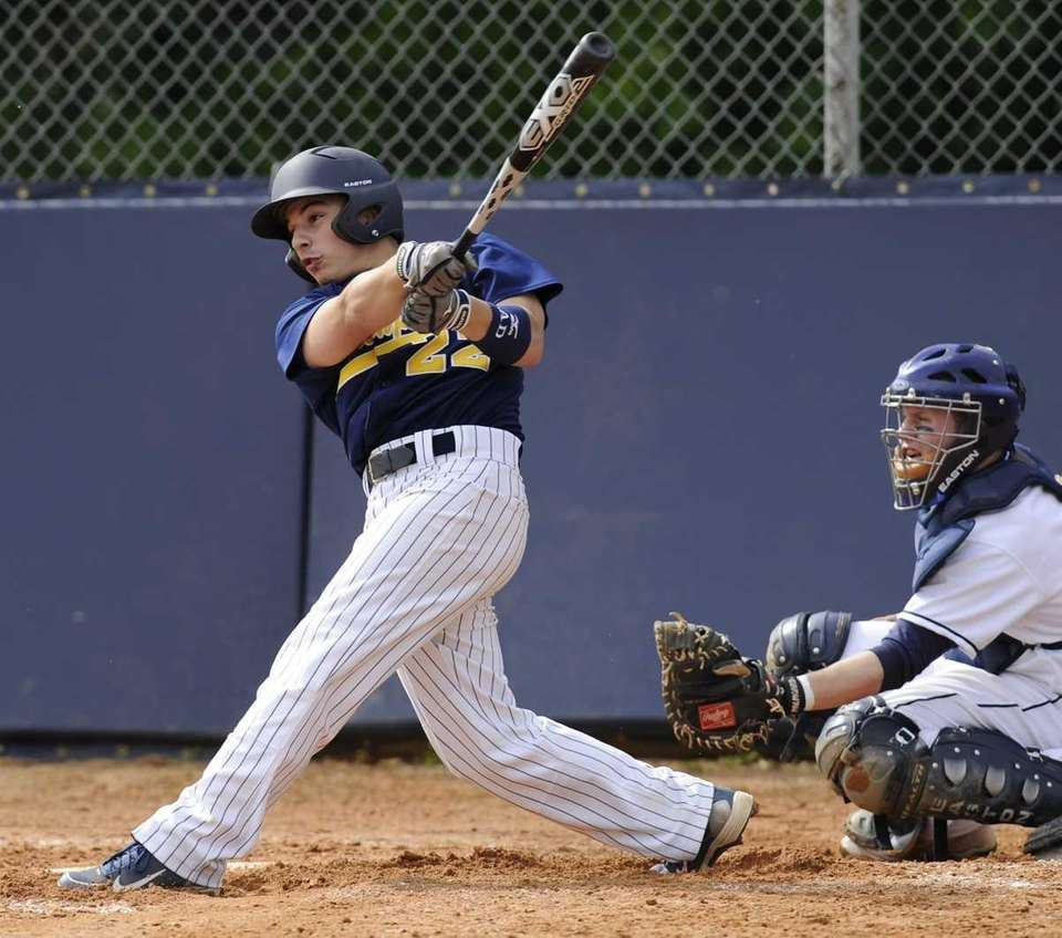 Northport's Mike D'Accordo hits a two-run home run