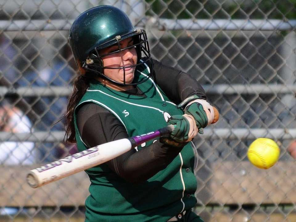 Seaford's Lindsay Montemarano hits a single in the