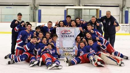 The Smithtown-Hauppauge Ice Hockey Club won the New