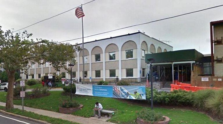 Long Island Jewish Medical Center in Valley Stream