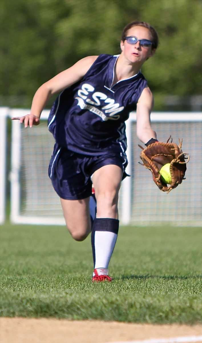 Eastport-South Manor right fielder Jessica McKinnon #2 makes