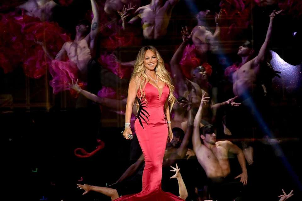 Mariah Carey performs during the 2018 American Music