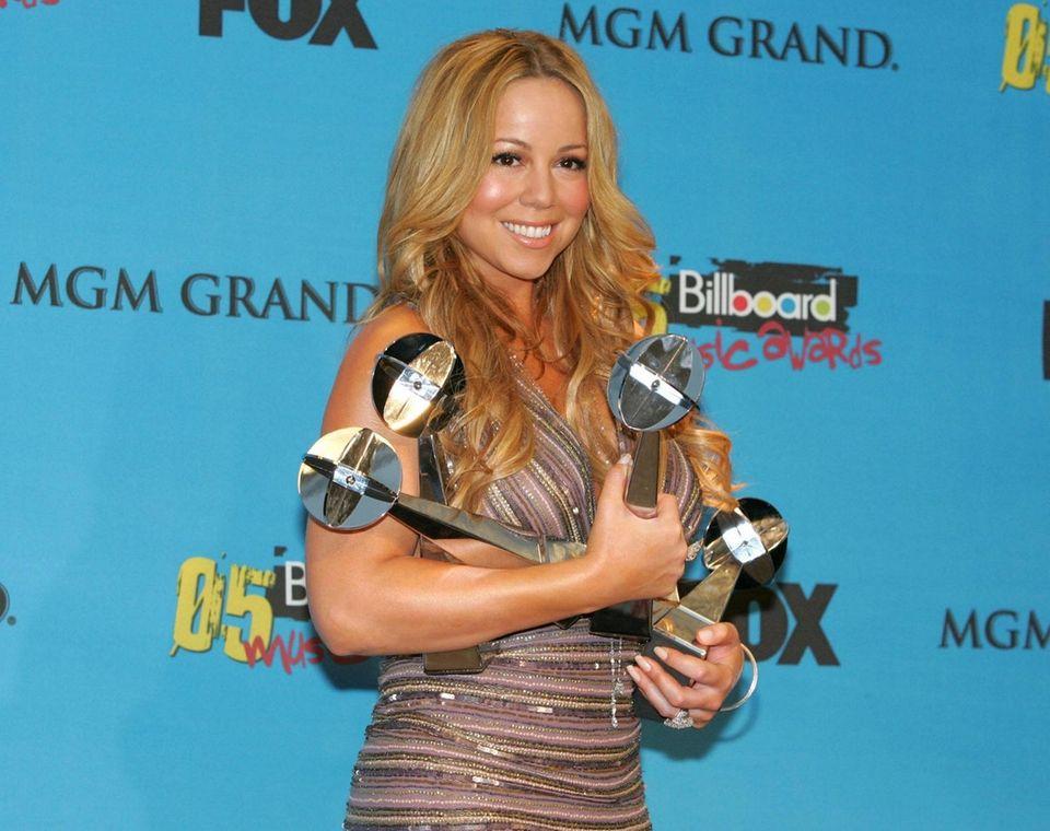 Mariah Carey wins several awards at the 2005