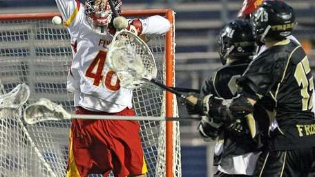 ST. ANTHONY'S SQUEAKS A GOAL BY CHAMINADE Game