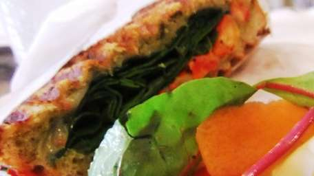 Spinach, pepperjack and sun-dried tomato pesto panino at