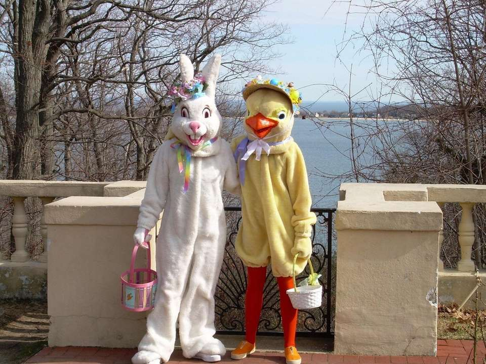 """Families visiting the """"Bunny Fest at Eagle's Nest"""""""
