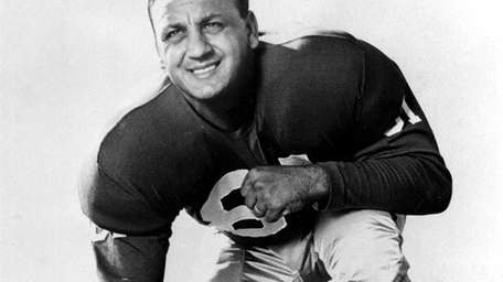 Andy Robustelli, a Hall of Fame defensive end