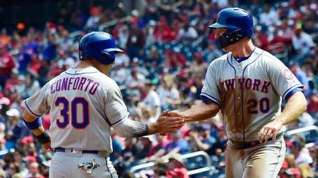 Michael Conforto and Pete Alonso of the Mets