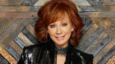 Reba McEntire will host the 54th Academy