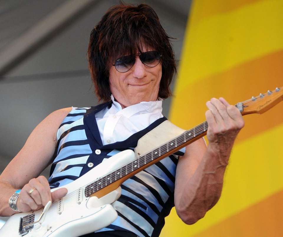 Jeff Beck was inducted first with The Yardbirds