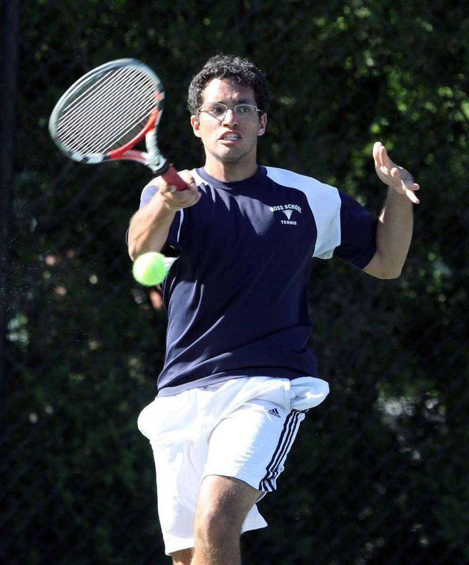 Felipe Reis with the shot from Ross School.