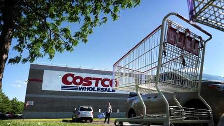 Photo of Costco wholesale in Melville on the