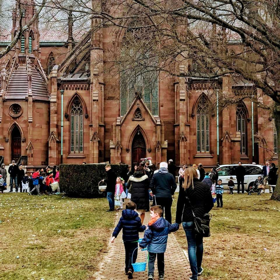 76b90b327 Annual Easter Egg Hunt at Cathedral of the Incarnation