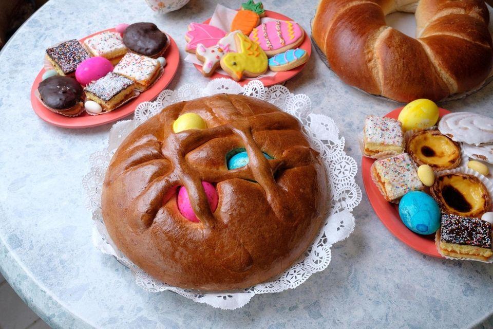 Folar da Pascoa is a sweet bread baked