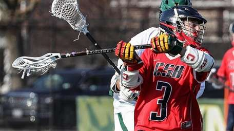 Peter Licciardi of Cold Spring Harbor winds up